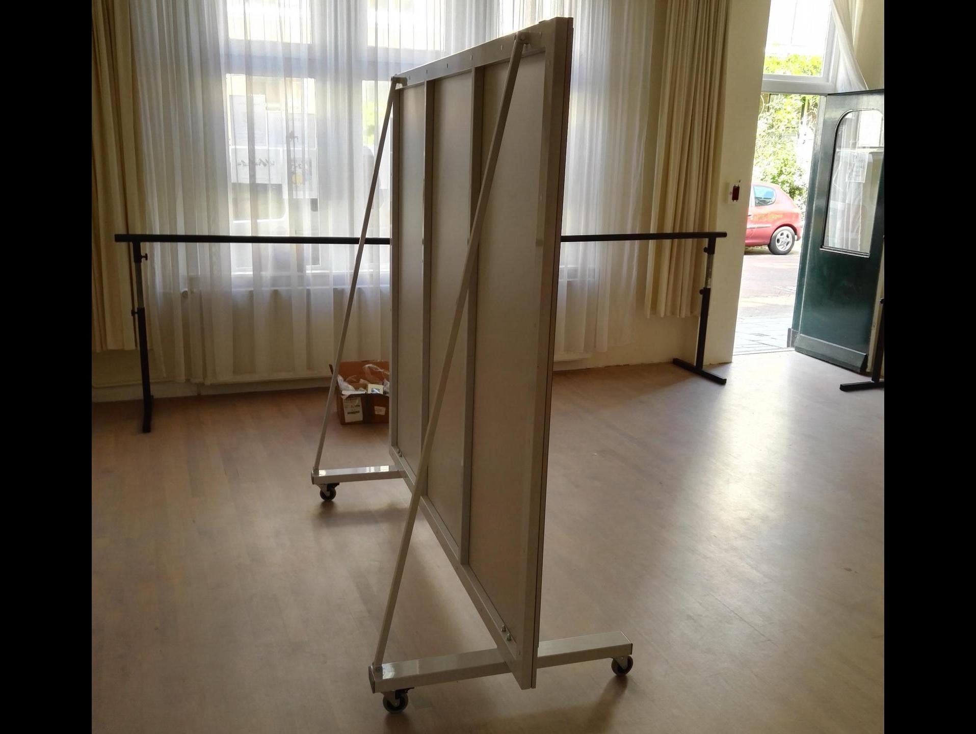 Miroir de sport roulettes 190 x 200cm for Miroir hauteur 200